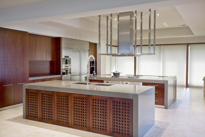 Using timber veneer in your kitchen for Veneer for kitchen cabinets
