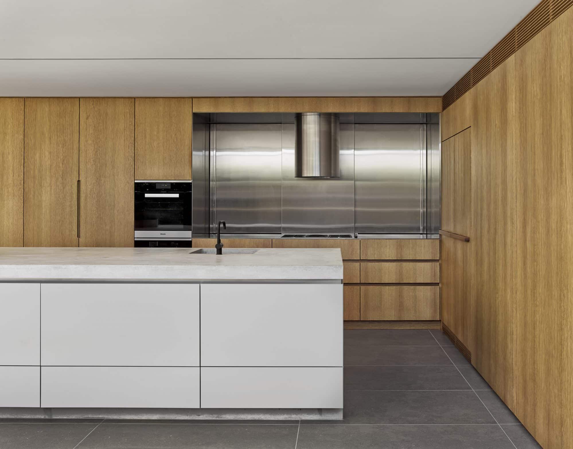 Stainless steel cooking niche with hidden storage