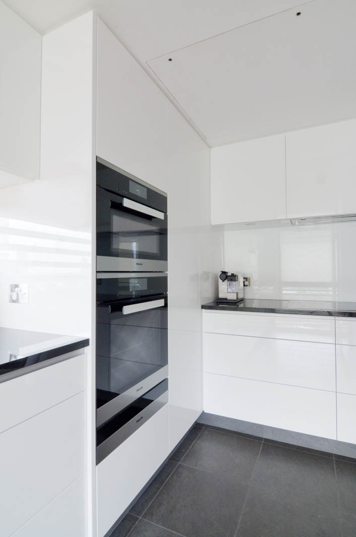 Macquarie St Apartment Kitchen Reno 007