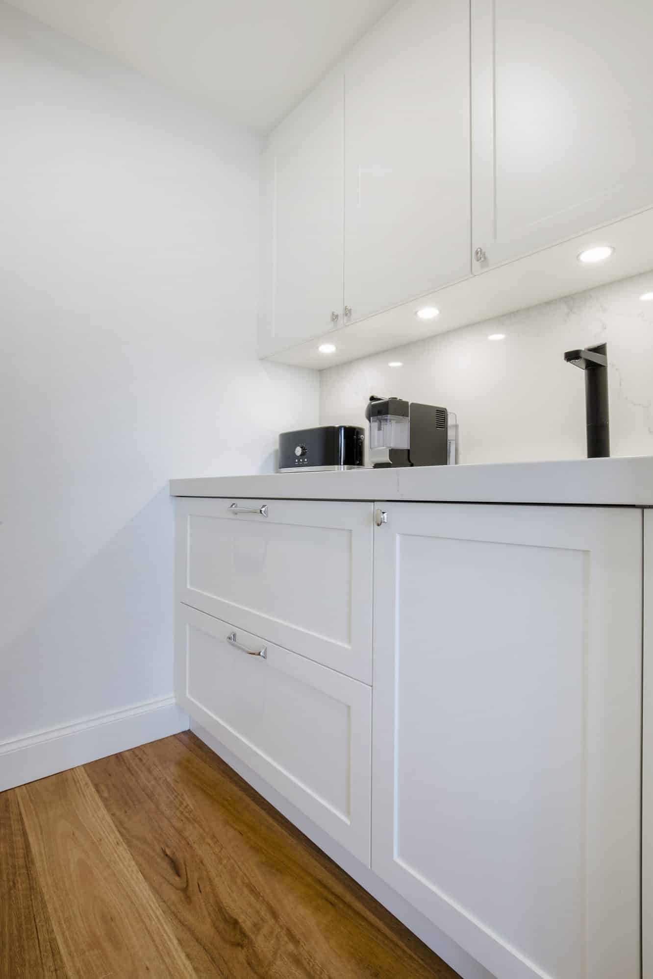 Small scullery for benchtop appliances and coffee making