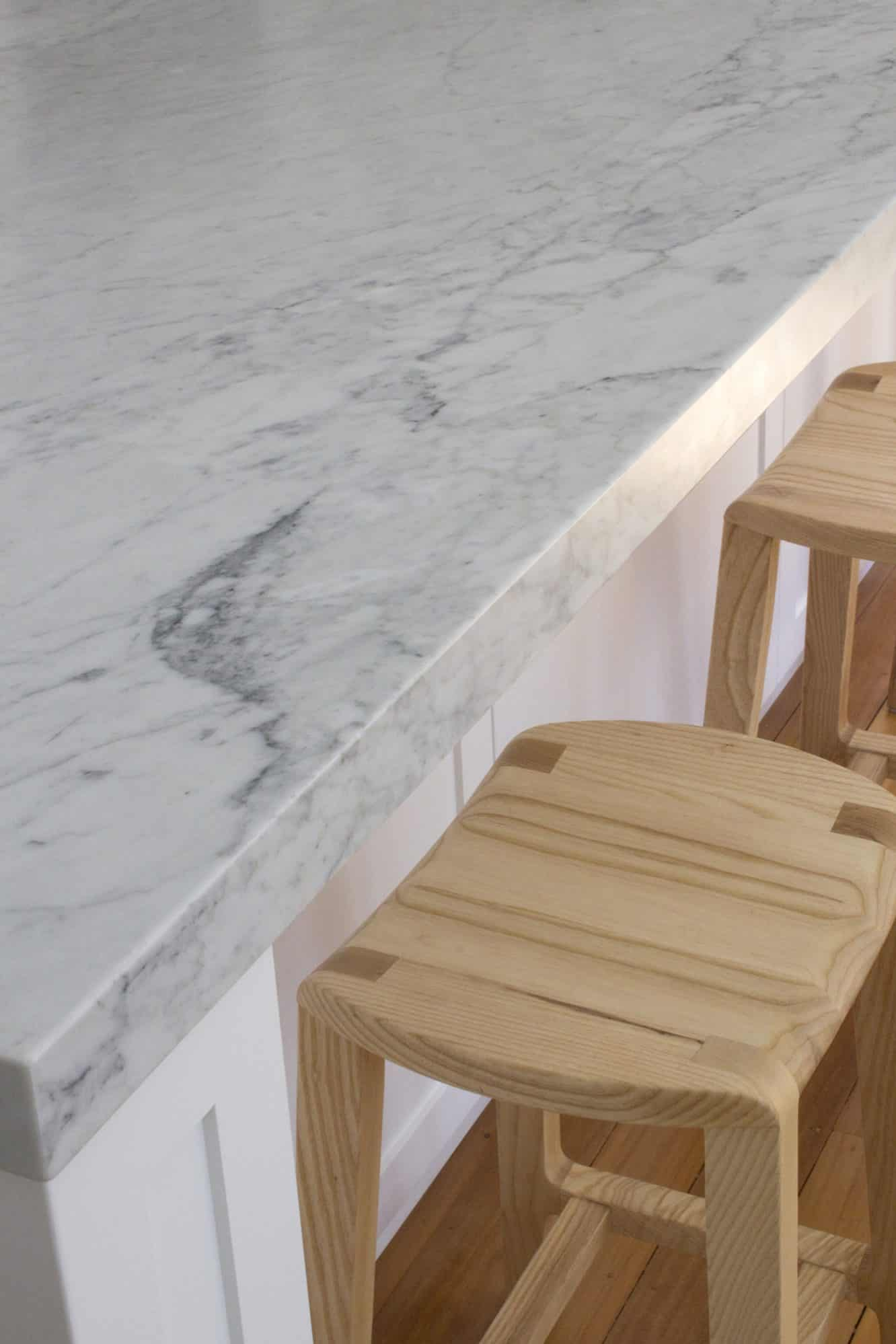 Mitred benchtop profile